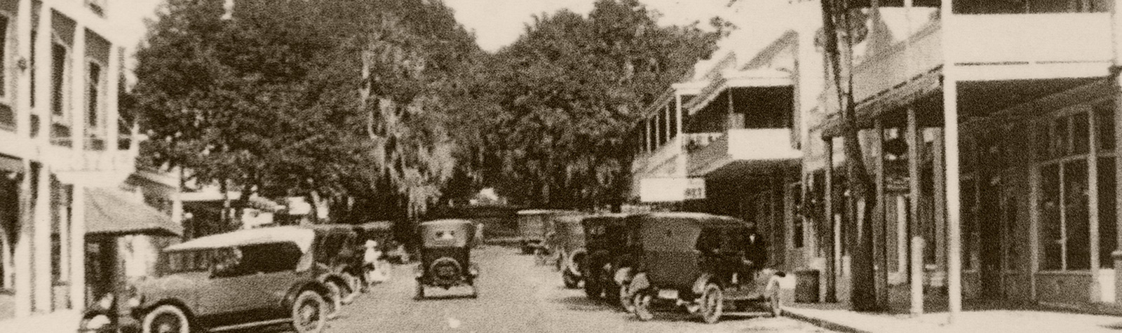 vintage photo of main street Mount Dora