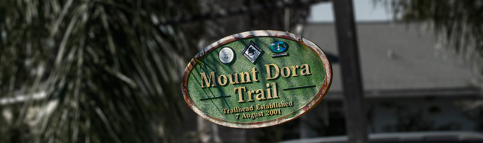 trailhead marker for the Mount Dora trail